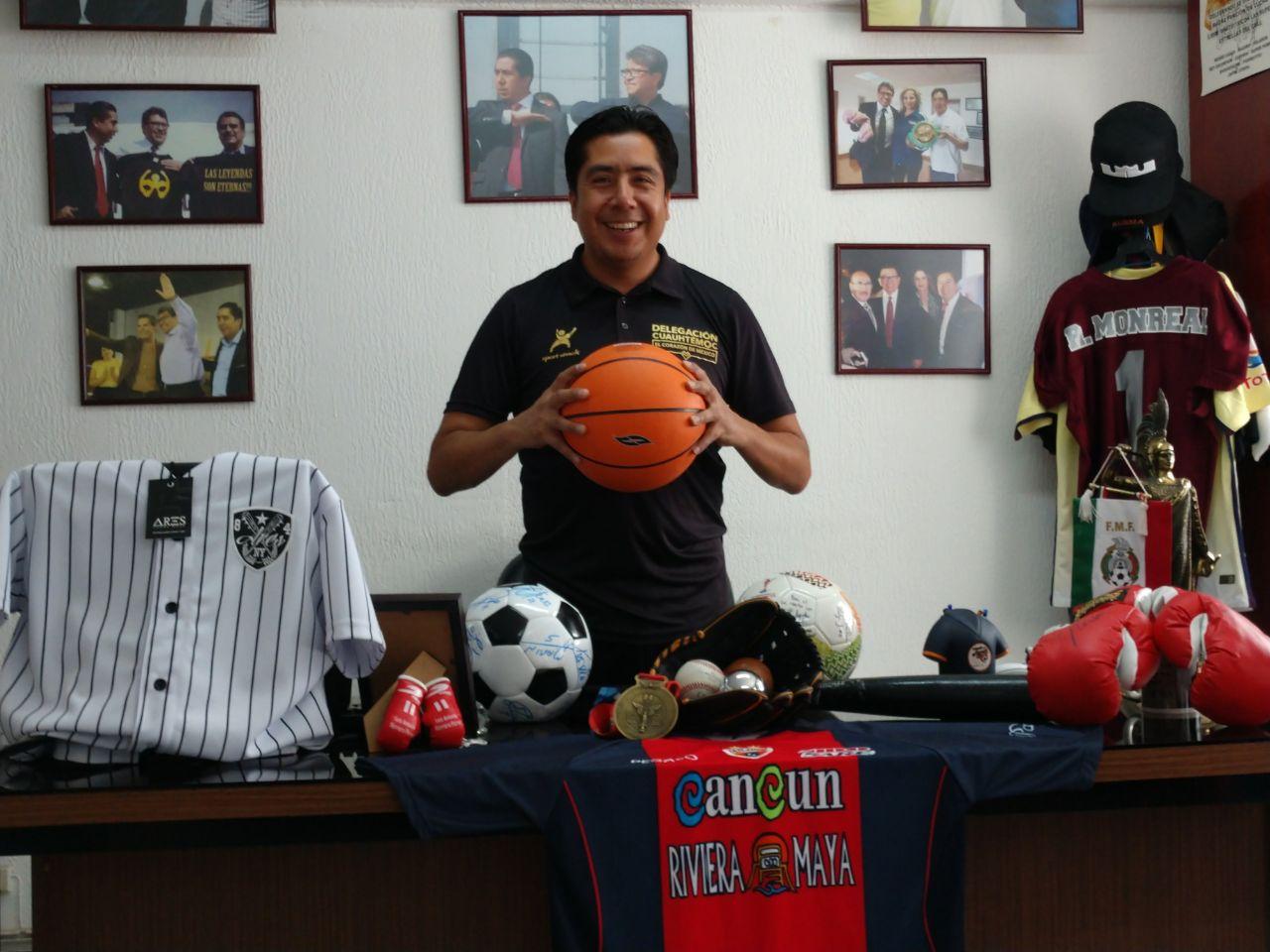 Lic. Héctor García Antonio subdirector de deporte  en la Delegación Cuauhtémoc 2