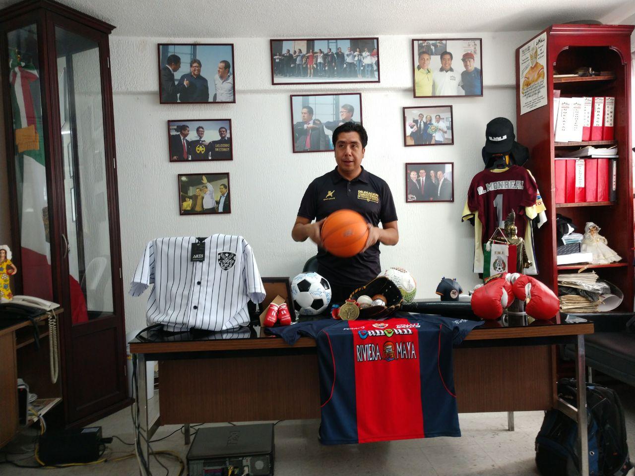 Lic. Héctor García Antonio subdirector de deporte  en la Delegación Cuauhtémoc 3