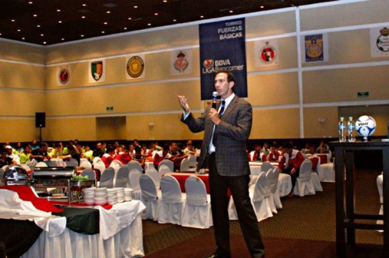 Paco Gabriel de Anda, nuevo director deportivo de Chivas