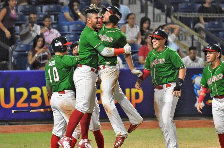 MEXICO LE PEGA A JAPON en el MUNDIAL De Beisbol