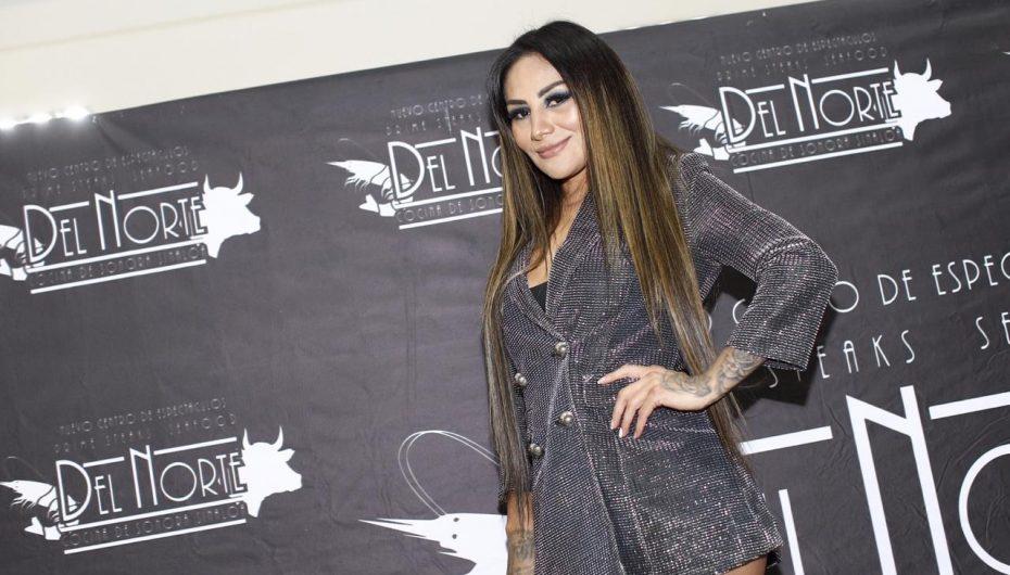 'BARBY' JUÁREZ PRESENTA CANDENTE CALENDARIO 2019
