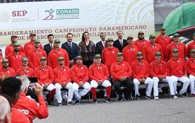 FUE ABANDERADA HOY LA SELECCIÓN MEXICANA DE BEISBOL MAYOR