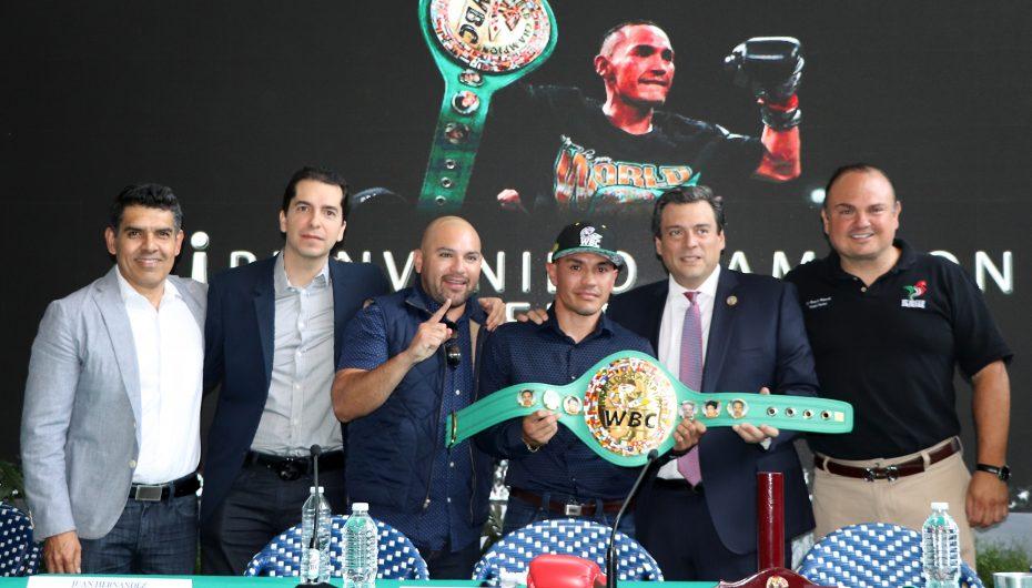 """""""GALLO ESTRADA RECIBE CINTURÓN DE CAMPEÓN MUNDIAL DEL WBC"""