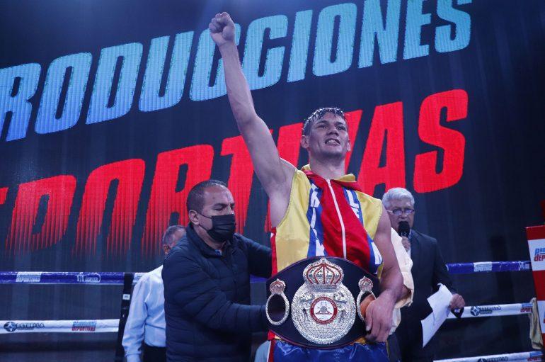 """Masacre"" León se lleva la corona continental WBA."